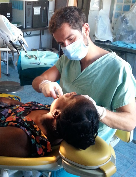 Oral health education and important dental work was provided by a volunteer, as well as a survey on dental health in Madagascar.